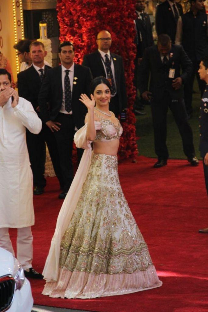 whatsaIsha Ambani Wedding _ Style Godspp-image-2018-12-12-at-15-1544612751-1544623410