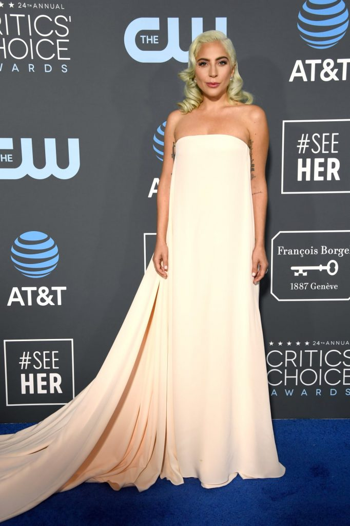 critics-choice-awards-2019-best-dressed-8
