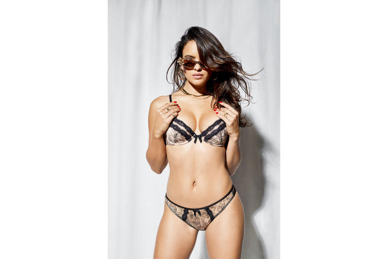 https:_hypebeast.com_wp-content_blogs.dir_6_files_2019_01_savage-x-fenty-valentines-day-bras-underwear-rihanna-4
