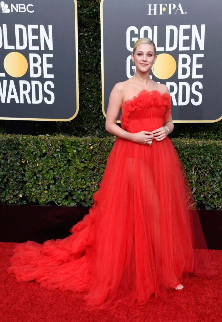 lili-reinhart-attends-the-76th-annual-golden-globe-awards-news-photo-1078333270-1546817418