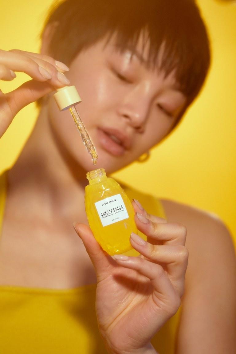 Glow Recipe Pineapple C Bright Serum