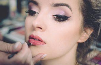 Hok Makeup cover Stylegods