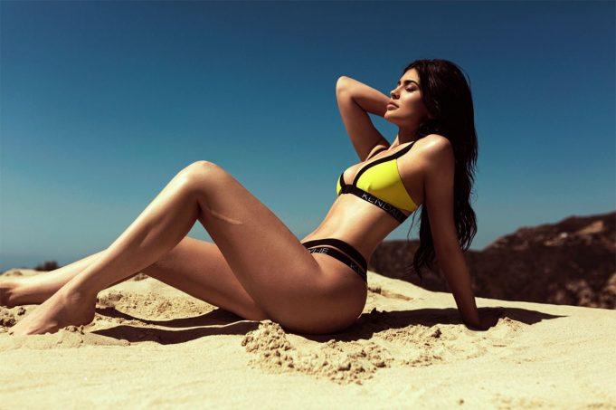 kylie-jenner-bikini-photos-topshop-swimwear-2016-5