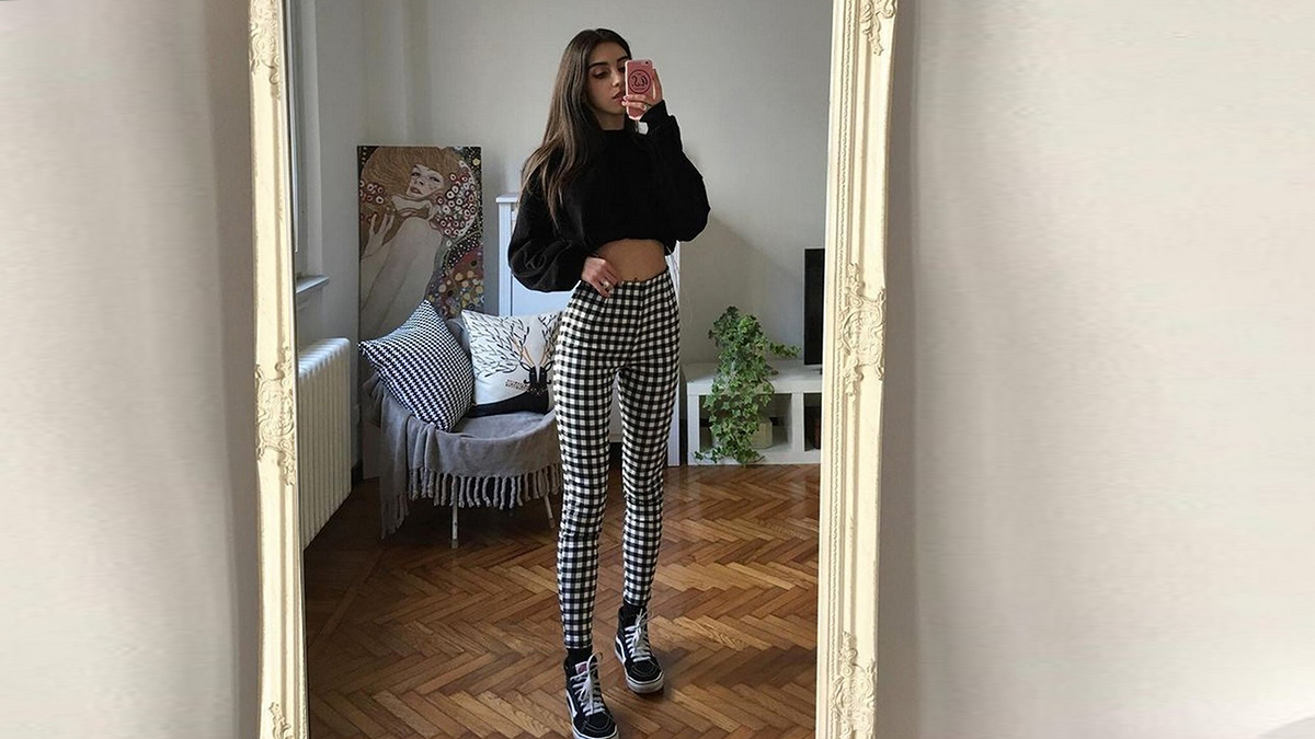 gingham-pants-outfit-ideas