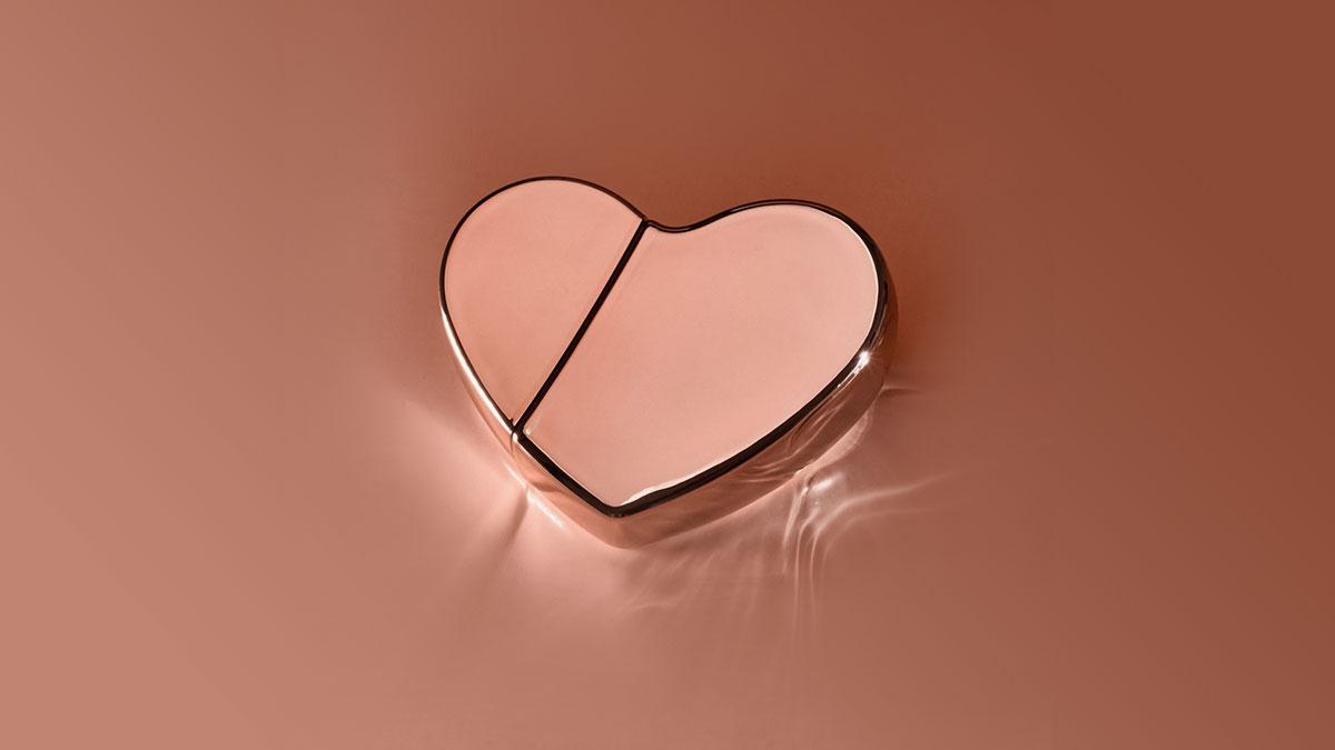 KKW Fragrance Hearts Rose Gold